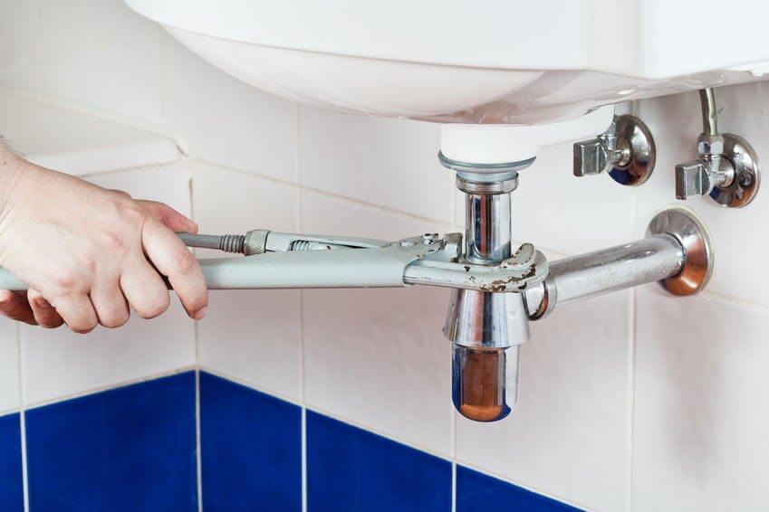 Wash basin plumbing system