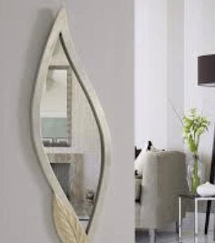 Auxiliary decorative mirrors